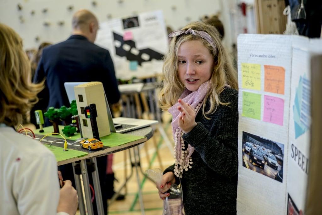 PRESSEMEDDELELSE: H.K.H. Kronprinsen besøger entreprenante elever, der gør ideer til virkelighed