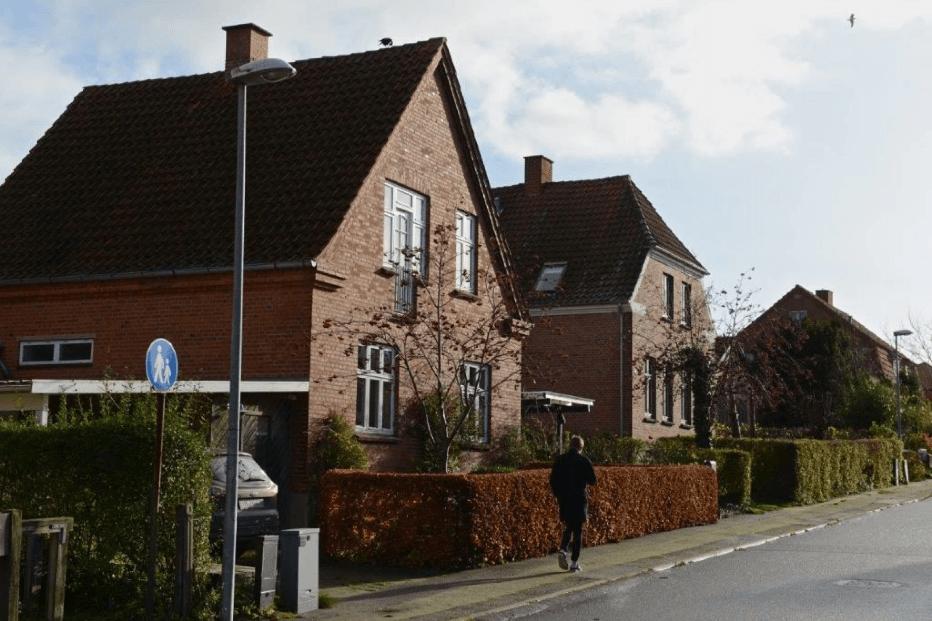 PRESSEMEDDELELSE: Antallet af huse til salg stiger i 46 kommuner, men falder i 40 kommuner