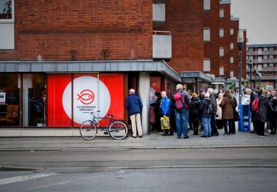 PRESSEMEDDELELSE: Genbrugsbutikker i hele Danmark vender Black Friday på hovedet
