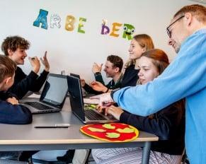 PRESSEMEDDELELSE: Ny skoleleder til Stormarkskolen i Nakskov