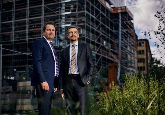 PRESSEMEDDELELSE - Bygge- og anlægsvirksomheder holder indtjeningen i et hårdt marked