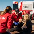 PRESSEMEDDELELSE: Falck fornyer stor ambulancekontrakt