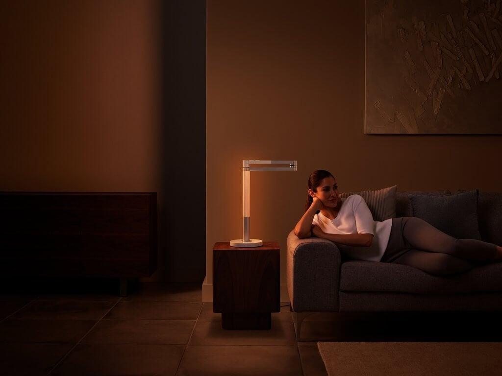 PRESSEMEDDELELSE - Dyson lancerer banebrydende, intelligent Smart Home-lampe (2)