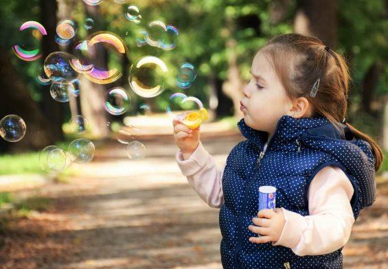 PRESSEMEDDELELSE - Hver tredje dansker er blevet mere bevidst om udsatte børn