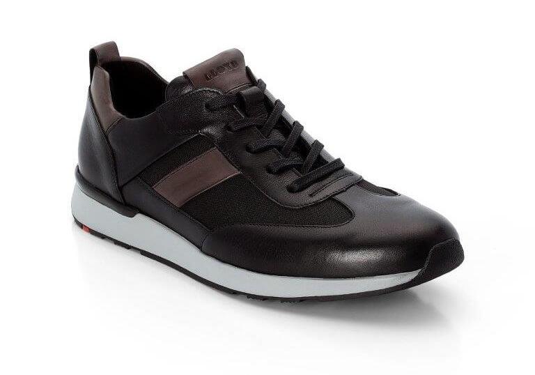 PRESSEMEDDELELSE: Førende skobrand øger fokus på kvalitetssneakers