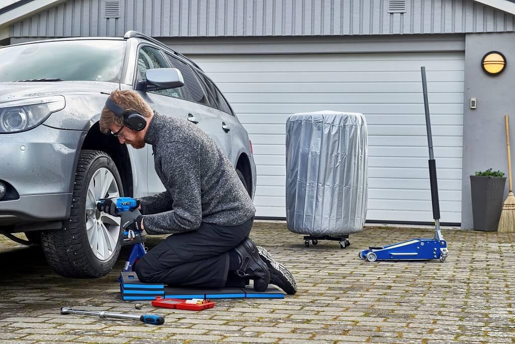 PRESSEMEDDELELSE: Sådan gør du bilen køreklar til vinterhalvåret
