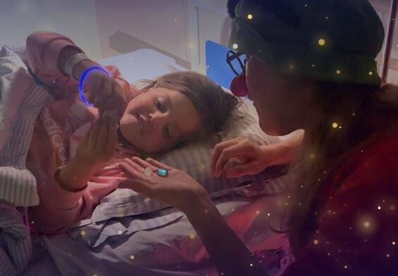 PRESSEMEDDELELSE: Indlagte børn får godnatbesøg af Danske Hospitalsklovne