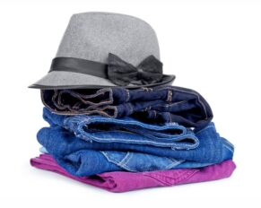 PRESSEMEDDELELSE – Tøj til økonomisk udsatte familier styrker børns adgang til kammerater