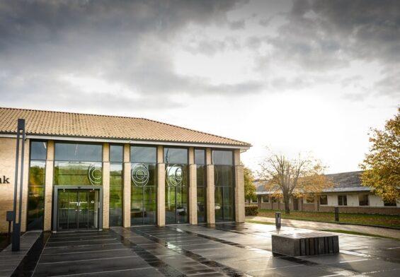 PRESSEMEDDELELSE – Sydbank sælger Alm. Brand Leasing A/S