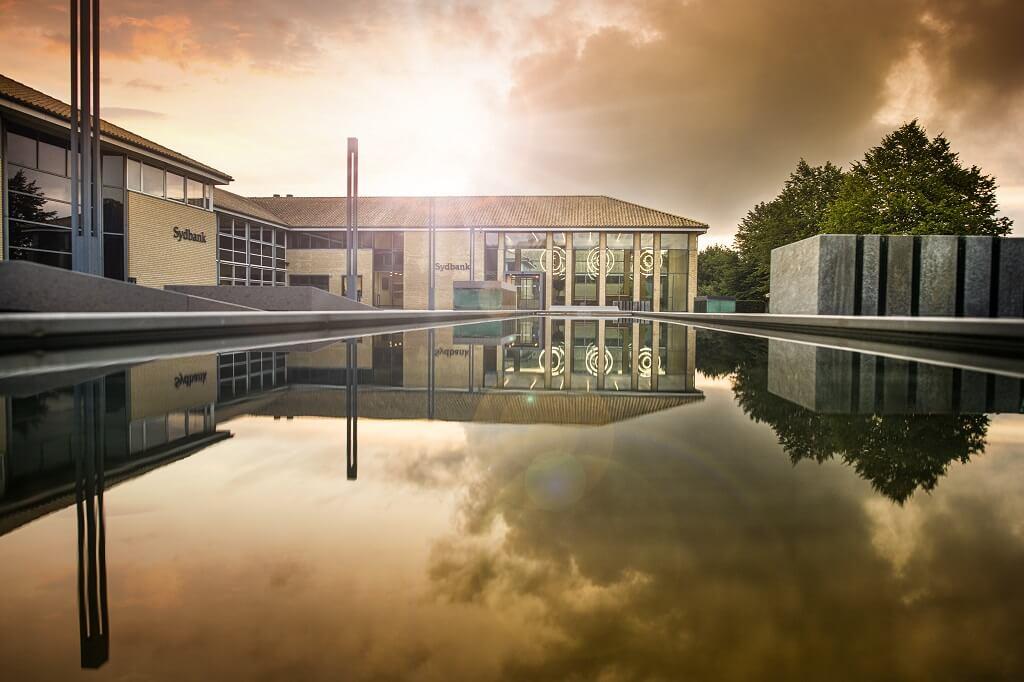 PRESSEMEDDELELSE – Stabilt årsresultat fra Sydbank